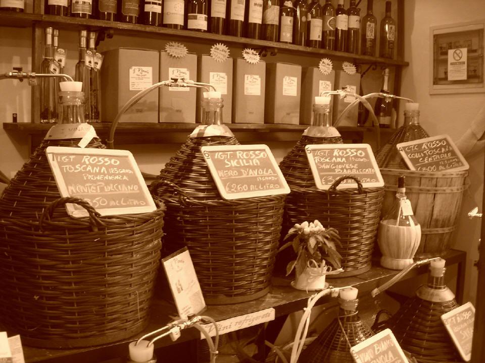 A Firenze, il vino sfuso parla anche marchigiano!
